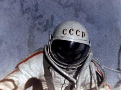 В истории выход в открытый космос